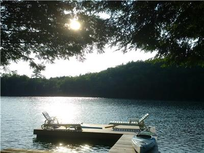 CANOE LAKE Cottage, Near Frontenac Provincial Park and village of Westport.  A very private retreat.