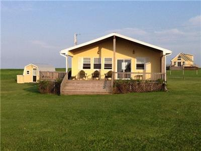 CHAYTER BEACH HOUSE at fantastic Cousins Shore, PEI - Renting for its 4th season 2019!
