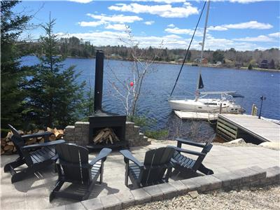 Direct Oceanfront, Private with Hot Tub on Nova Scotia's South Shore