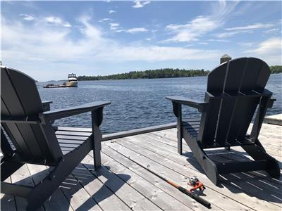 Direct Oceanfront Private with Hot Tub on Nova Scotia's South Shore