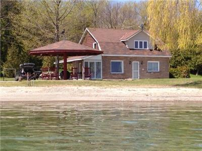 NEW LISTING   ......Meaford Sunrise  Waterfront cottage
