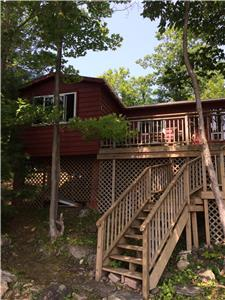 Waterfront Baxter Island Retreat with access to Trent Severn Waterway