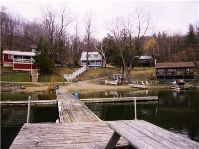 Four Cottages on Beautiful Heney Lake