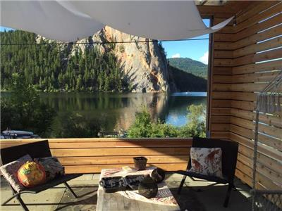 The Paul Lake House - Summer & Winter Multifamily Getaway: Swim, Ski, Bike, Fish...Relax & Connect