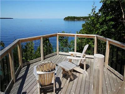 Sunset Getaway Cottage: The best view in Tobermory!
