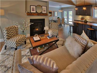 Kauai Kottage in Bayfield: Brand New and Luxurious!