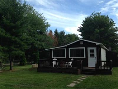 Nova Scotia Cottage - minutes from beaches, PEI Ferry and Northumberland Shore