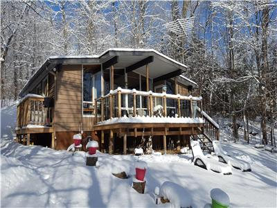 Lake of Bays, Baysville, Muskoka, four season, snowmobile, waterfront, cottage, beach, boat launch