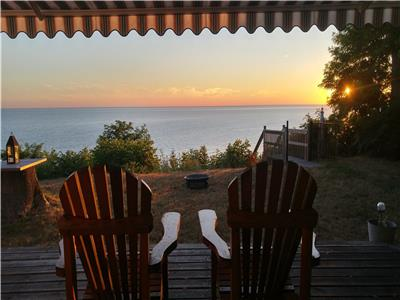 Bluff at Bayview; Lake Huron Retreat: Grand Bend and Bayfield 10 mins north/south
