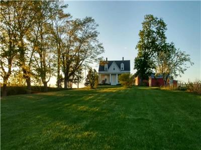 Historic hilltop farm estate in beautiful Annapolis Valley,NS . Perfect for 2 families