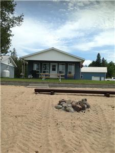 Nangor Bay 2 bedroom 4-Season Cottage on Ottawa River (#D1) Waterfront  Beautiful Sand Beach