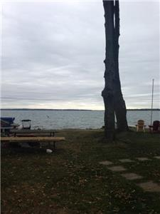 100 feet of waterfront an hour from Toronto - discount of 10% if start date within 5 days