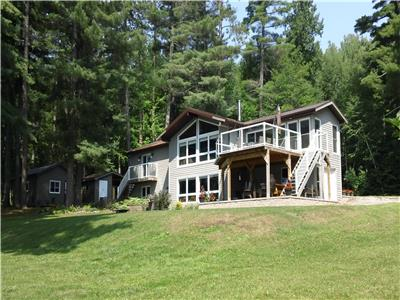6 Bedroom Private Cottage   + Sleep Cabin on Lake Talon - Whispering Pines