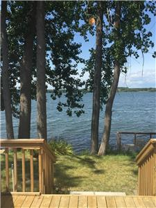 Lake Front Cottage at Cherry Beach Resort minutes from Sandbanks Provincial Park