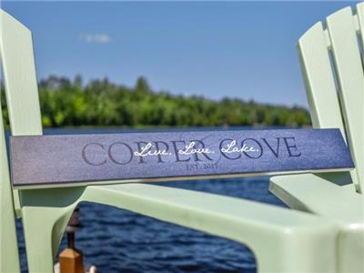 Copper Cove - waterfront cottage on Lake Manitouwabing minutes from Golf and groceries