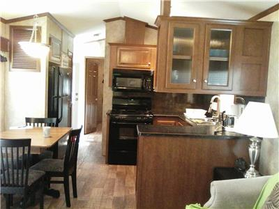 Fully Furnished three -bedroom Cottage for Sale in Muskoka *  REDUCED PRICE!!!