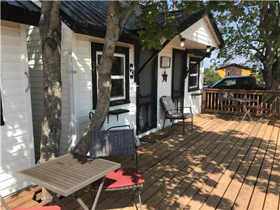 The Coastal Cabins- Cape Tormentine, NB, walking distance to the beach