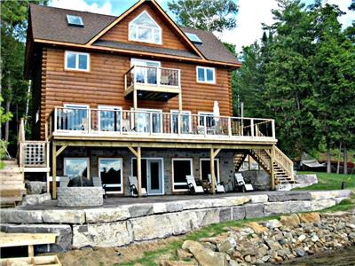 LUXURY LAKESIDE COTTAGE- KAWARTHA LAKES