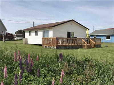 Wimpole Beach House - affordable cottage at picturesque Pickering Shore in PEI
