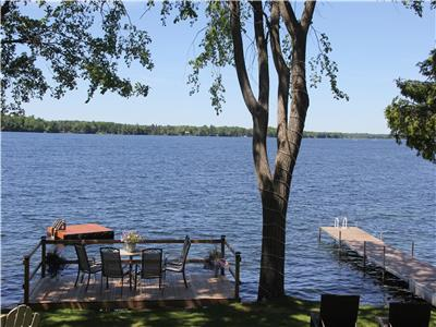 Rideau Premier Retreat on the Big Rideau Lake
