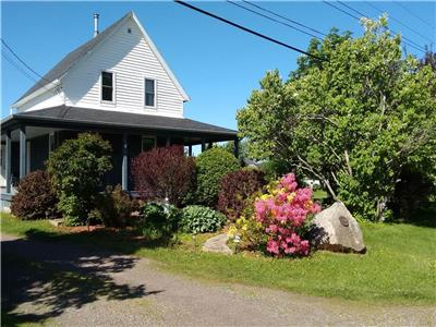 Birdsong Cottage - close to beaches