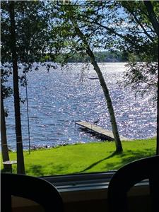 Beautiful Upper Buckhorn Lake Waterfront Cottage - Fabulous sunsets year round!