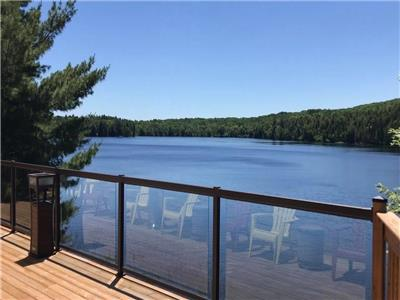 Stunning 4-Season Lake-Front Cottage | Fully-Furnished | Move-in Ready | Sleeps 13+