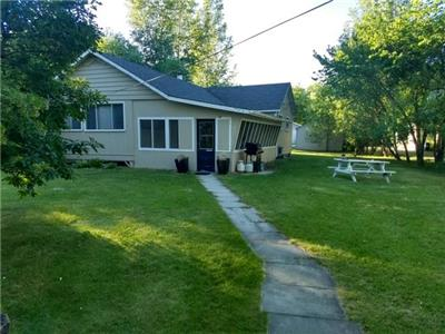 Winnipeg Beach Cottage for Rent 100 Feet from the Beach
