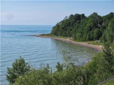 Vista Beach Cottage! Classic Lakefront Vacation