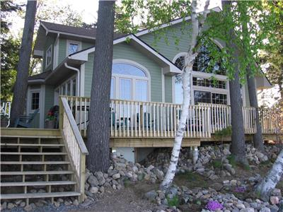 BEAUTIFUL FAMILY COTTAGE located on the QUIET AND PEACEFUL SHORES of SKELETON LAKE in MUSKOKA.