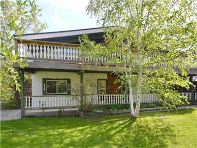 4 Bedroom Swiss Style Chalet- NEW COVID-19 CLEANING procedures
