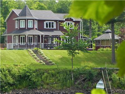 Chalets à vendre Canada   CottagesInCanada