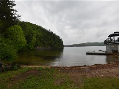OCR - Seabreeze Shore (F503) on Lake of Bays