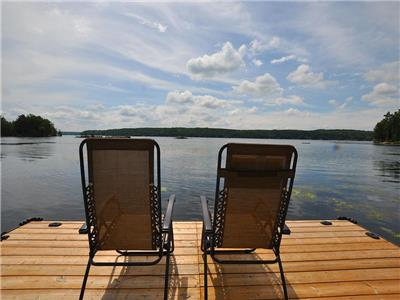 Buckhorn Lake Cozy Oaks - Cozy family cottage with WIFI and shallow sand entry
