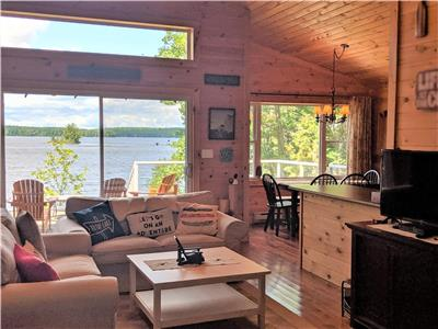 NEW LISTING - Perfect Cottage Getaway