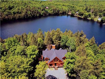 Chalet de bois #4: **6 bedrooms, lakefront **