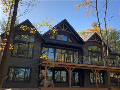 Brand New Luxury Georgian Bay Lake House