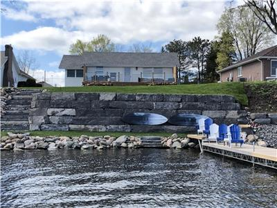 Amazing Cottage on Sturgeon lake in the township of Cameron