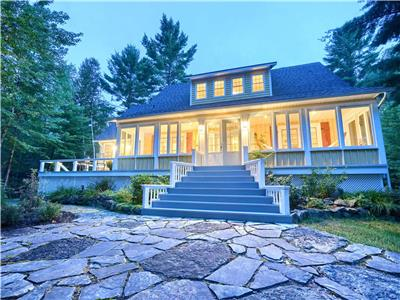 Waterfront in Otter Lake with 4 bedrooms and 3 bathrooms,no Motors boats,great fishing,ski Hill 45m