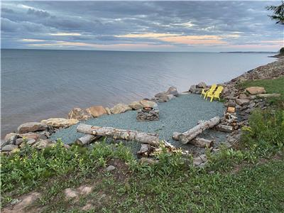 Private Oceanfront Cottage with 300 feet beach front on 3.5 acres