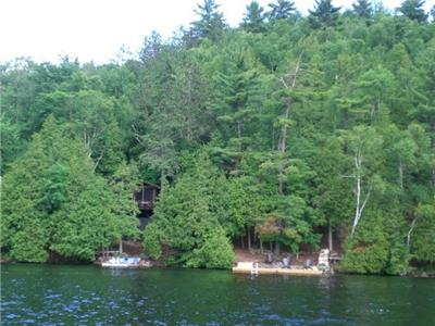 Private Lakefront 2 bedroom sleeps 6, included boat and motor, off 503 south of Haliburton