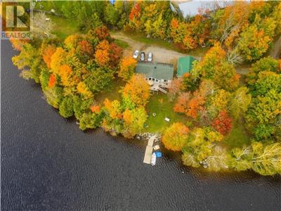 Cecebe Retreat (Muskoka North)-year round access