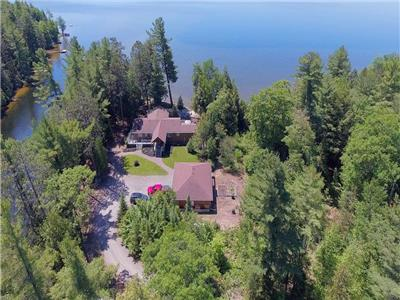 Boskung Lake Pinch Me Point - 3 acres of privacy. 300' sand beach - facing southwest