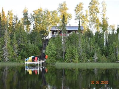 Three Bedroom Cottage on ~2acre private island (near Iroquois Falls/Cochrane)