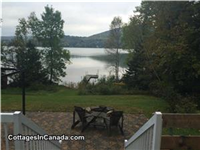 Lovely cottage on Lac Maskinonge in Mont-Tremblant