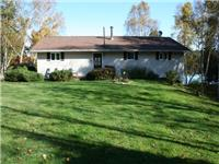 4 Season Cottage/Home on Trout Lake Near Alban (French River Area)