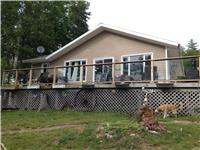 Cottage on Lake Kipawa, T�miscaming, QC