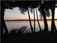 Newly Renovated -5* Waterfront Cottage on Bass Lake-AMAZING SUMMER PROPERTY!! July 10-31 available