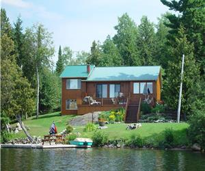 Grant & Trina's        Cozy getaway..one hour from Ottawa...inquire about our two person special..:)