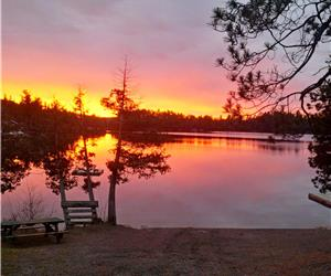 Ridgewood Cottages, Temagami, glamping, family vacations, fishing, family reunions